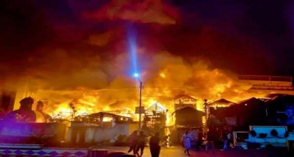 Major Fire At Kolkata Slum