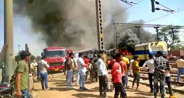 Fire in train at Rohtak station, four coaches destroyed