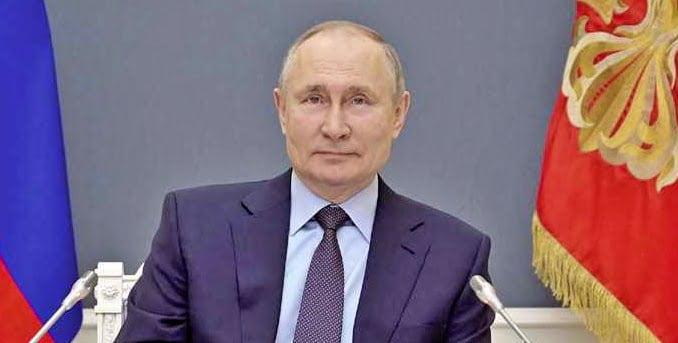 Ukraine diplomat detained