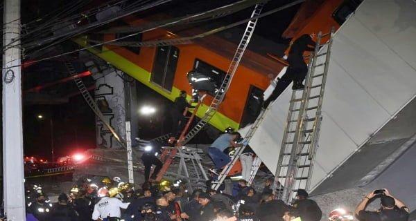 metro bridge collapses in Mexico City1