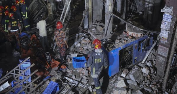 Massive explosion in Dhaka