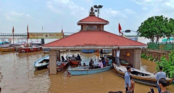 varanasi-flood