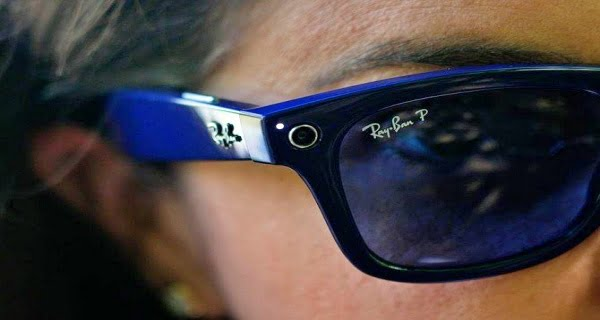 Facebook Launches Smart Glass Ray-Ban Stories