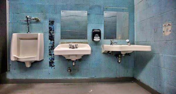 Goods disappearing from the bathrooms of American schools